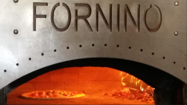 Signature Famous Pizza at Fornino