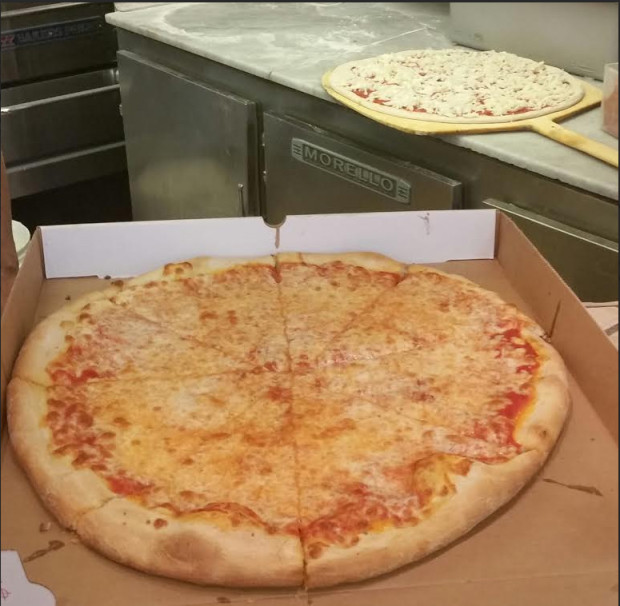 The Finest Pizza at Pino's in Park Slope