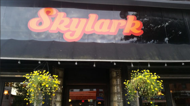 A Vintage, Relaxing Atmosphere at Skylark Bar